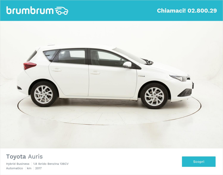 Toyota Auris Hybrid Business usata del 2017 con 68.461 km | brumbrum