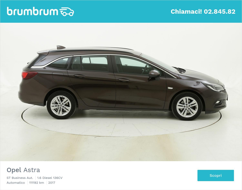 Opel Astra usata del 2017 con 111.439 km | brumbrum