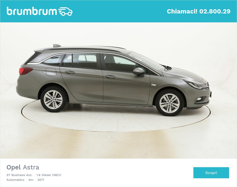 Opel Astra ST Business Aut. usata del 2017 con 116.255 km   brumbrum