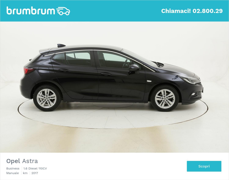 Opel Astra Business usata del 2017 con 54.834 km | brumbrum