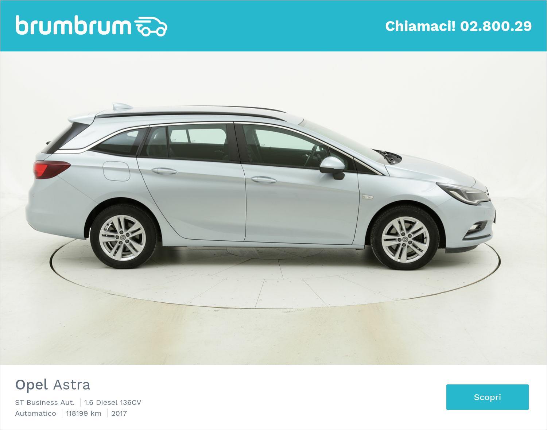 Opel Astra ST Business Aut. usata del 2017 con 118.749 km | brumbrum