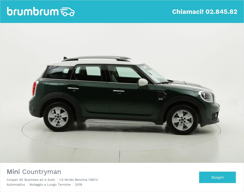 Mini Countryman ibrido benzina verde scura a noleggio a lungo termine | brumbrum