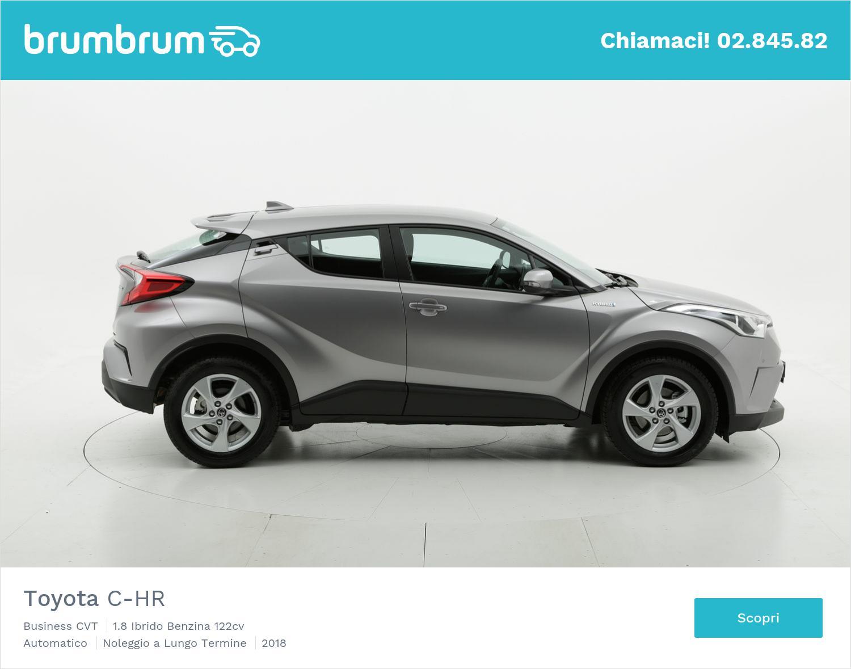 Toyota C-HR ibrido benzina argento a noleggio a lungo termine | brumbrum
