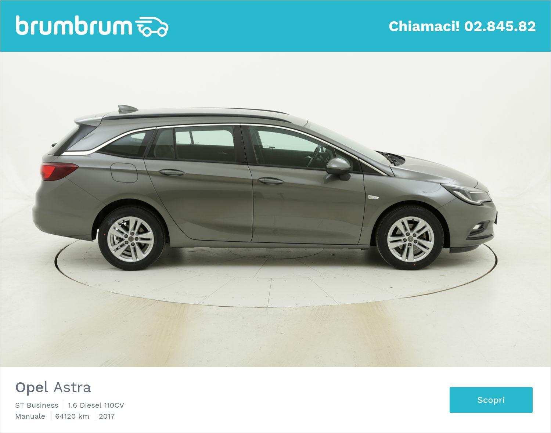 Opel Astra usata del 2017 con 64.141 km | brumbrum