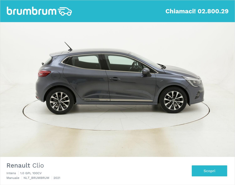 Renault Clio a noleggio a lungo termine | brumbrum