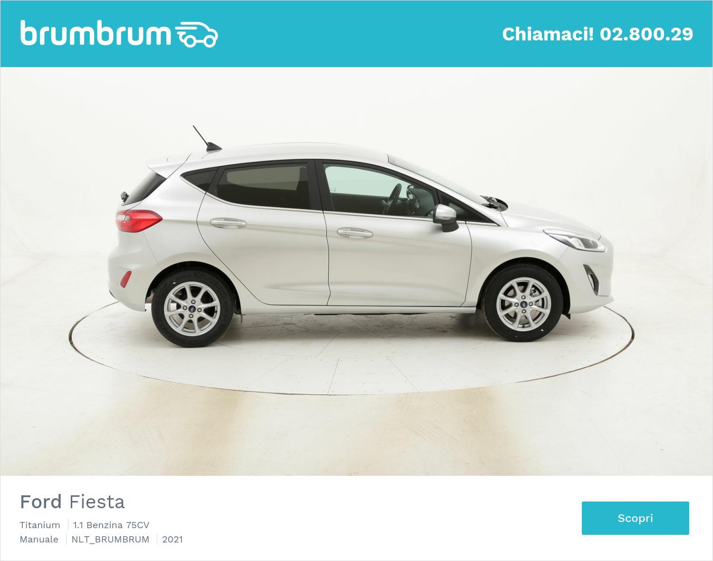 Ford Fiesta Titanium benzina argento a noleggio a lungo termine | brumbrum